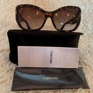 NWT Authentic Tom Ford Corinne Sunglasses
